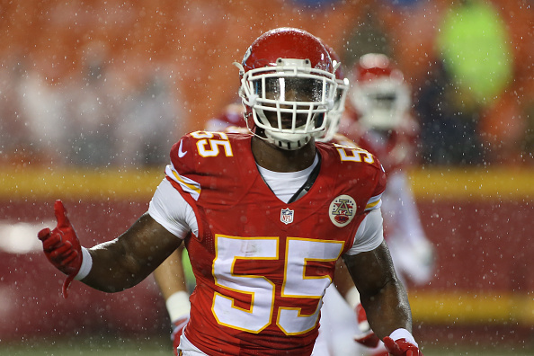 Chiefs Exercise Fifth-Year Option on OLB Dee Ford