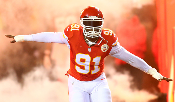 Chiefs LB Tamba Hali Tweets Out on If the Chiefs Need Him Anymore