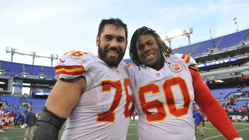 Chiefs OL Laurent Duvernay-Tardif Graduates with a Medical Doctorate
